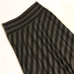 New Directions Charcoal Gray/Black Maxi Skirt